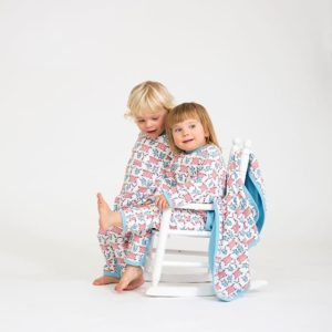 Who? by Stina Wirsén - Organic pyjamas / jumpsuit and blanket Who can't sleep?