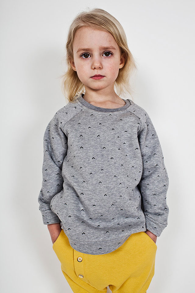 Bumble & Bee Organic Kidswear - Tunic Arrows, Grey & Yellow Pants
