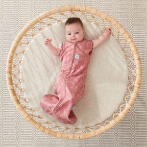 ergoPouch Swaddle Quill arms out