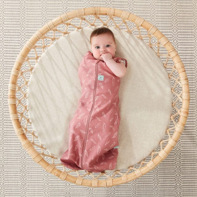 ergoPouch Swaddle Quill one arm