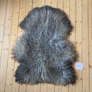 Real Sheepskin With Long Wool, Number 104